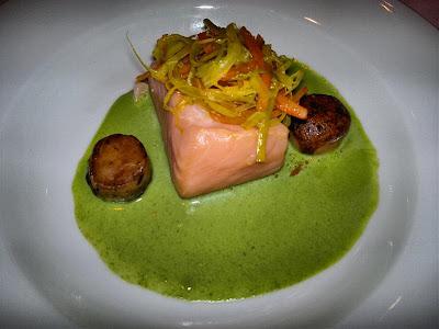 Cena y especutáculo en Palazzo Amsterdam