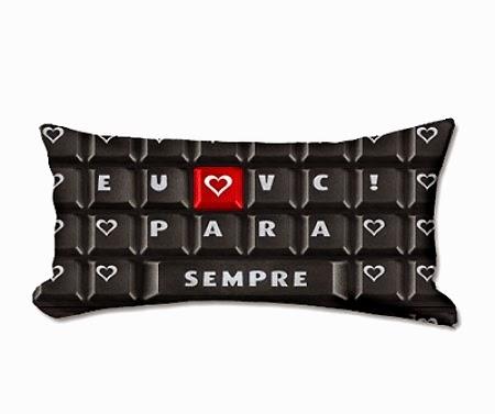 http://www.monky.com.br/almofada-decorativa-teclado-eu-amo-voce-para-sempre-p505/