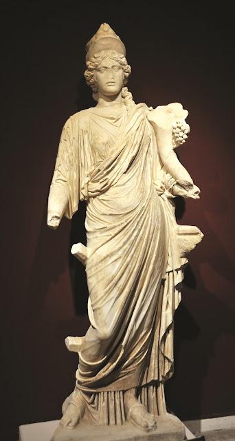 13 unique sculptures found in ancient city of Perge