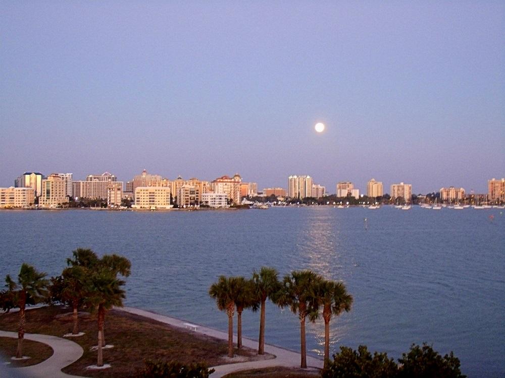 Vista de Sarasota desde Lido Key