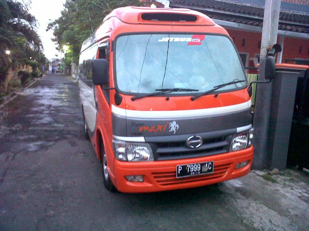 Hino - Dutro Long Seat 18 Seat