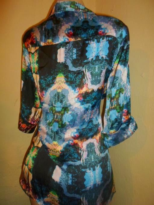 camisão de viscose com bolsos abertura nas laterais e manga dobrada