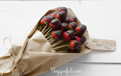 Veggieful Vegan Chocolate Dipped Strawberry Bouquet