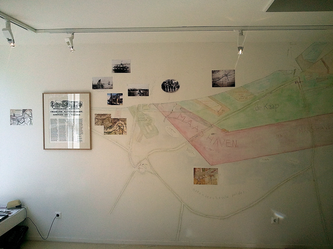 pim van halem: * muurtekeningen in opdracht (binnen)