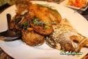 ปลากะพงผัดพริกไทยดำรสชาดจัดจ้านต้องลองที่ครัวริมน้ำ บ้านไร่เท่านั้น