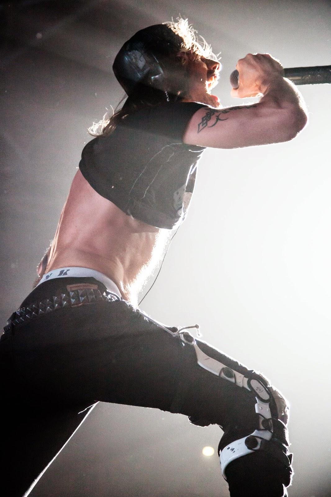 Shaka Ponk Frah Sam Let's Bang The White Pixel Ape Zénith Paris Rock 2014 Rock'n'Live Concert Live Marie Le Bannier Wanna Get Free Goz Undiz