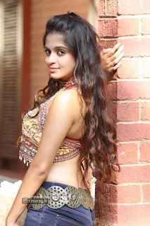 Sheena-Shahabadi-Photoshoot
