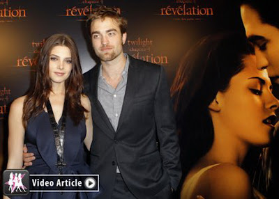 Twilight stars Robert Pattinson and Ashley Greene legions of fans Welcoming