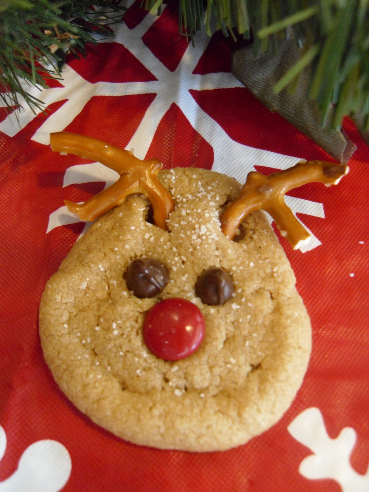 Hollyshome Family Life Super Easy Reindeer Peanut Butter Cookies