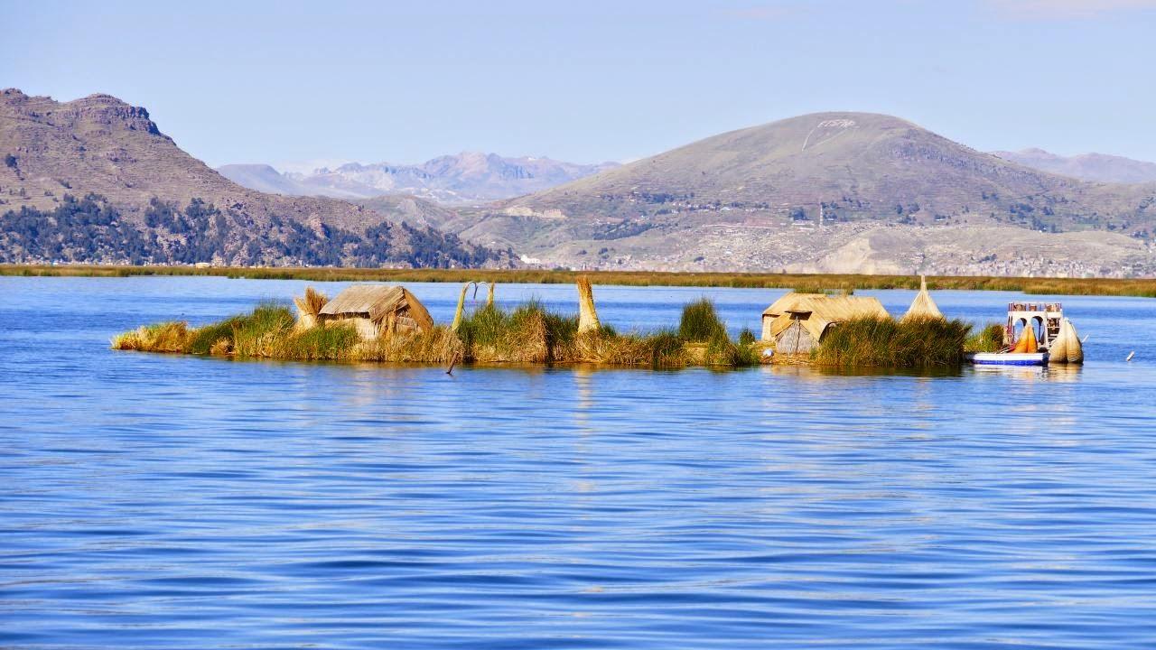 Titicacasee und die schwimmenden Inseln der Urus