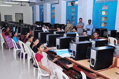 IT TRAINING TO COLLEGE TEACHERAS