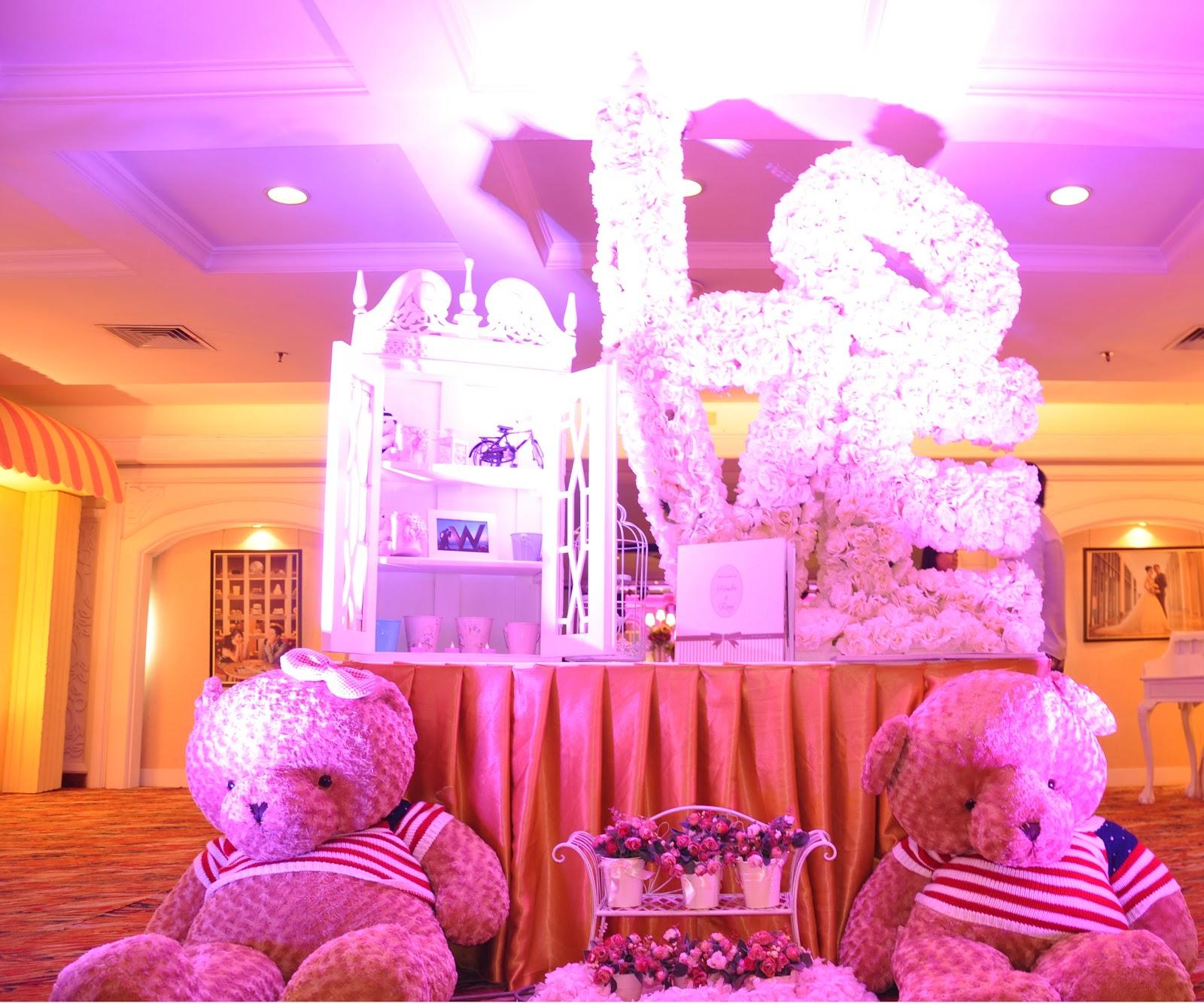 Wedding Decoration: Sweet Moment on November