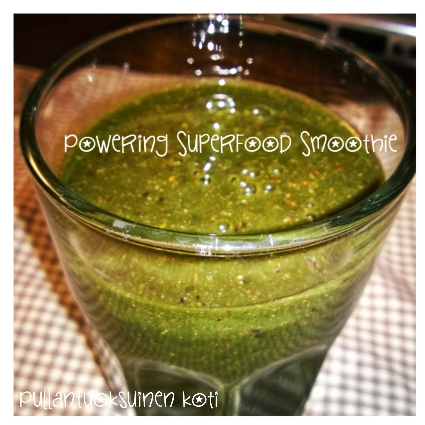 Powering Superfood Smoothie ja Pukka Vitalise
