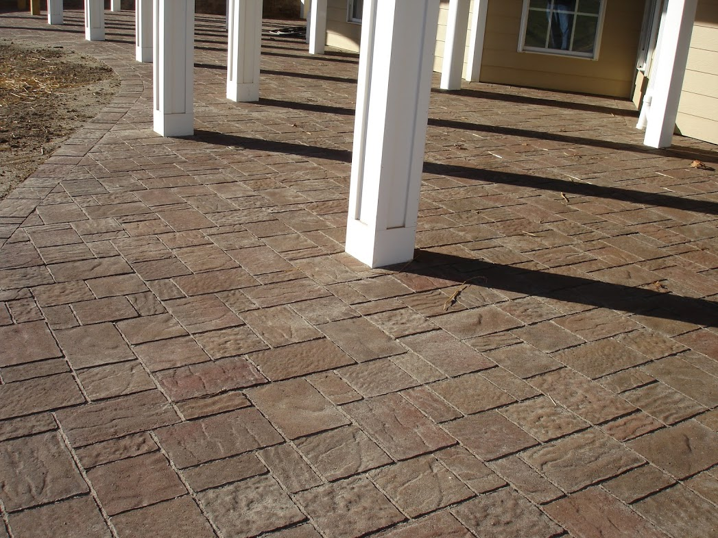 Life time pavers product techo bloc mista paver for Techo bloc
