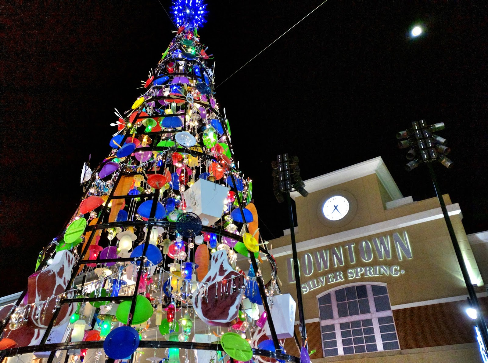 East moco unique christmas tree lights up downtown silver for Special xmas decorations
