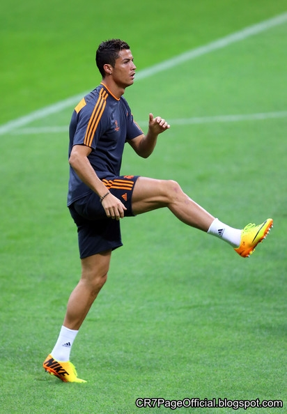 Real Madrid Fc Official Facebook Page