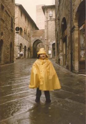 mantella-stivaletti-pioggia
