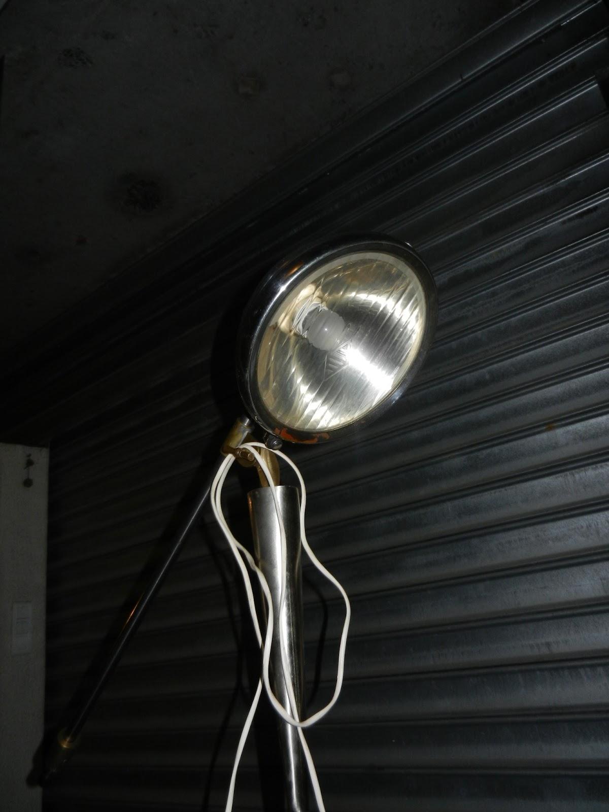 L 39 atelier de md ferronnerie d 39 art for Lampe sur pied industriel