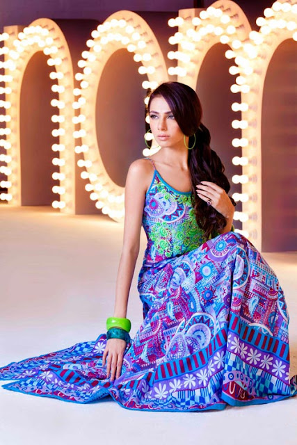 Nomi Ansari Summer Collection 2011 Lawn Prints Fashion Showcase 05 - Lawn Dresses June CoLLection