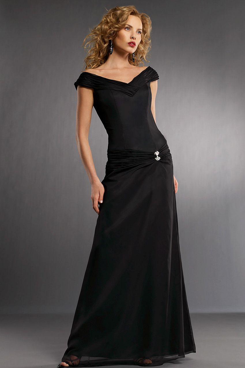 Black dress for prom night - Helpful People Prefer Designer Dresses But A Disadvantage Of Such A Request Is That Labels Can Be An Asset Which Is Why Many Large Retailers Have Online