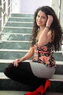 Sowmya Sukumar  latest glam pics 035.jpg
