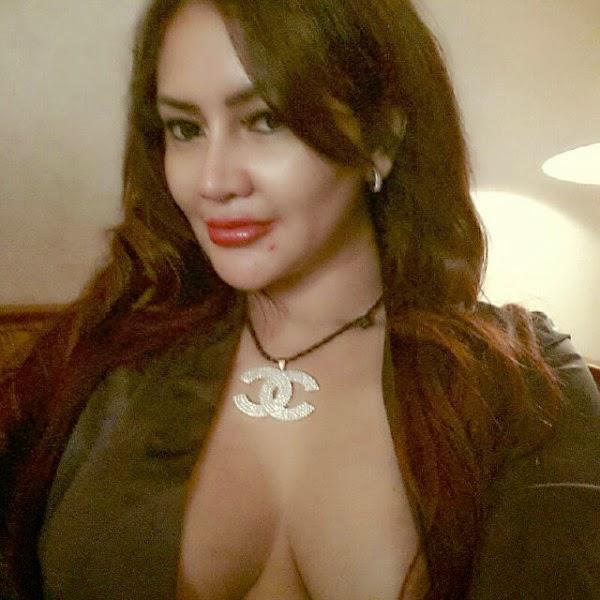 Kenal Lebih Dekat Dengan Model Sexy dan Hot Sisca Meliana ...