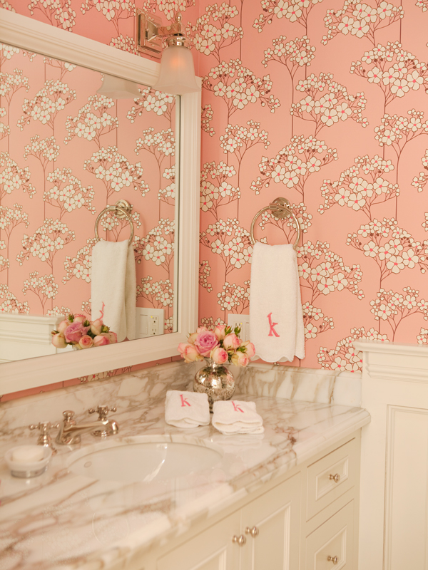 gold, bathroom, interior,interior design, design, jewels, jewel, jewelry, love, bijoux, chic, pink, lovely, lovely things, shabby, shabby chic, fashion, moda, style, lifestyle, stile, girly