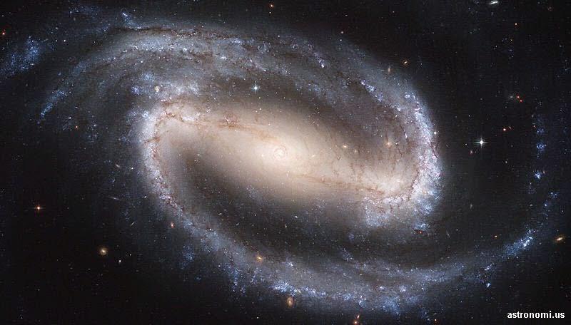 galaksi spiral berpalang