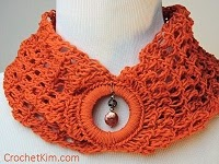 Crochet Pattern Bandeau Cowl Sunday Night Link Blast ~A Mix Of Fun Crochet Patterns http://www.niftynnifer.com/2014/12/sunday-night-link-blast-mix-of-fun.html #LinkBlast #Crochet #CrochetRoundUp