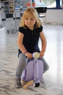 Skoot ride-on suitcase