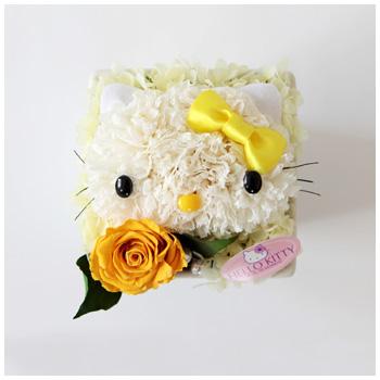 Hello Kitty: bellos arreglos florales. Mascotas florales.
