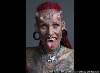 Inilah Dia Manusia Vampir Asal Meksiko [ www.BlogApaAja.com ]