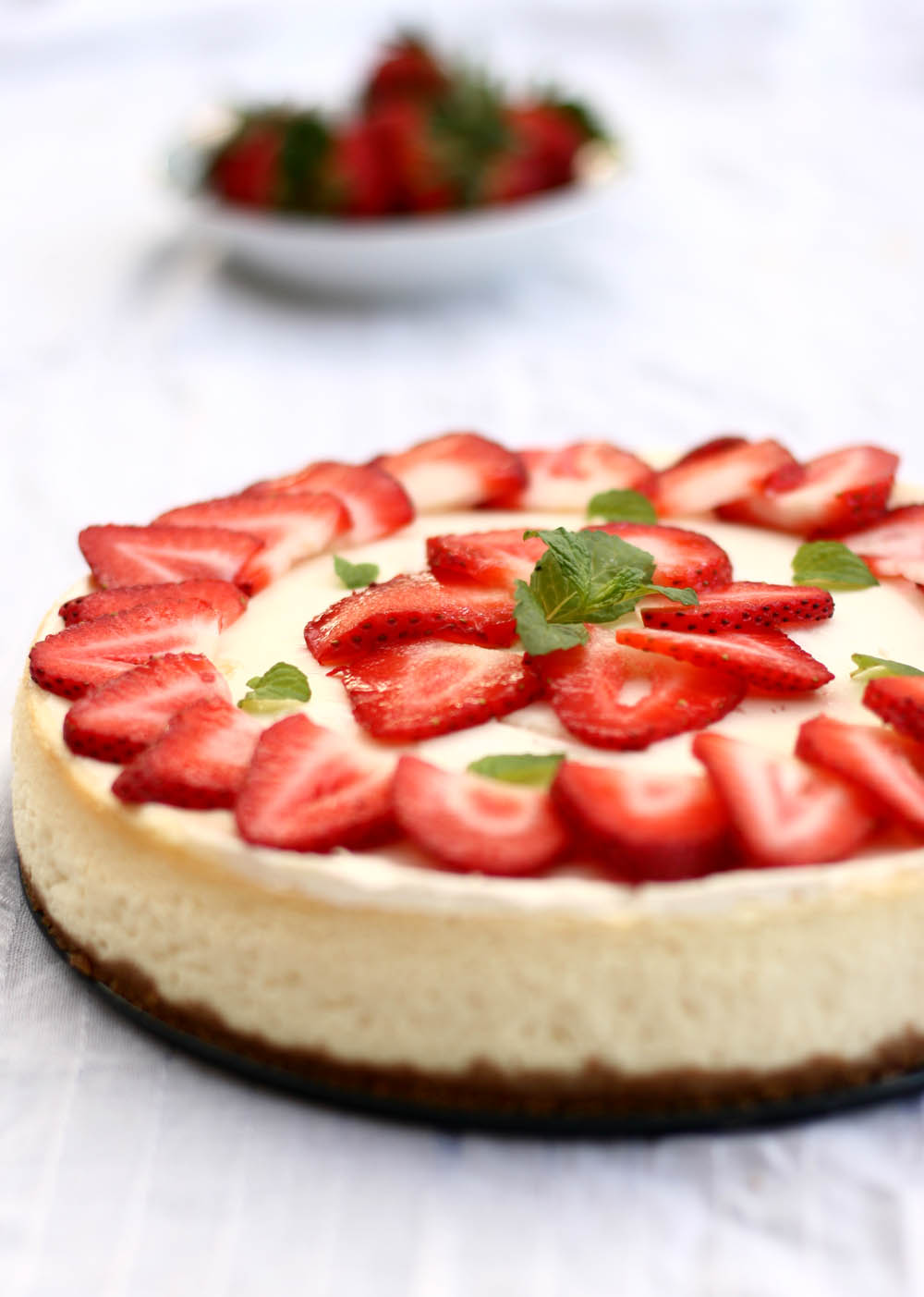 ... strawberry cheesecake overnight serve reserved strawberry sauce with