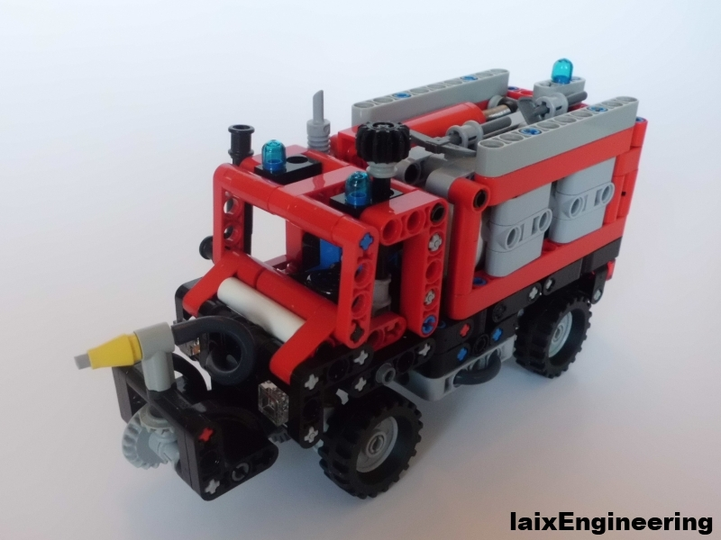 Mini_Unimog_Fire_Brigade_01_small.jpg