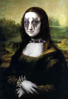 kiss mona lisa