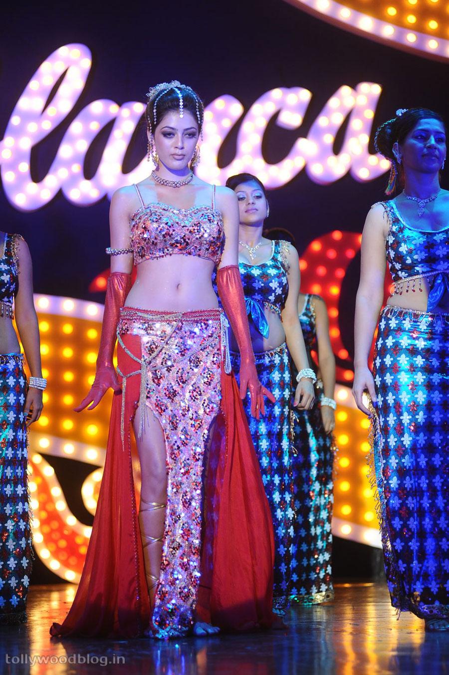 Parvathi Melton performs a Spicy Item Song Povoi povoi