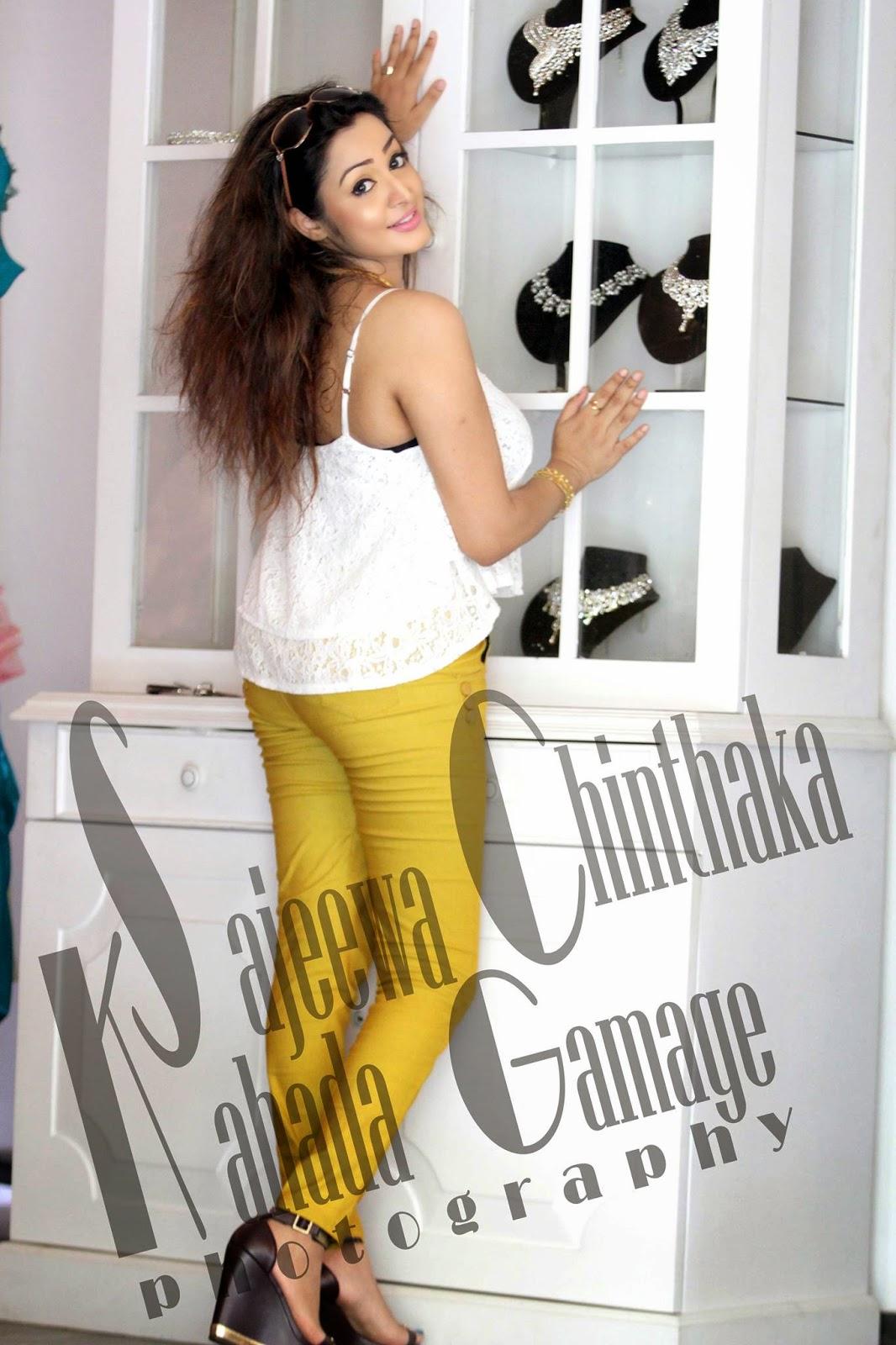 Kaushalya Madhavi butt tight