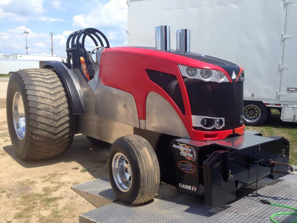 Super Stock Tractor Pulling Engines : Tractor pulling news pullingworld new light super