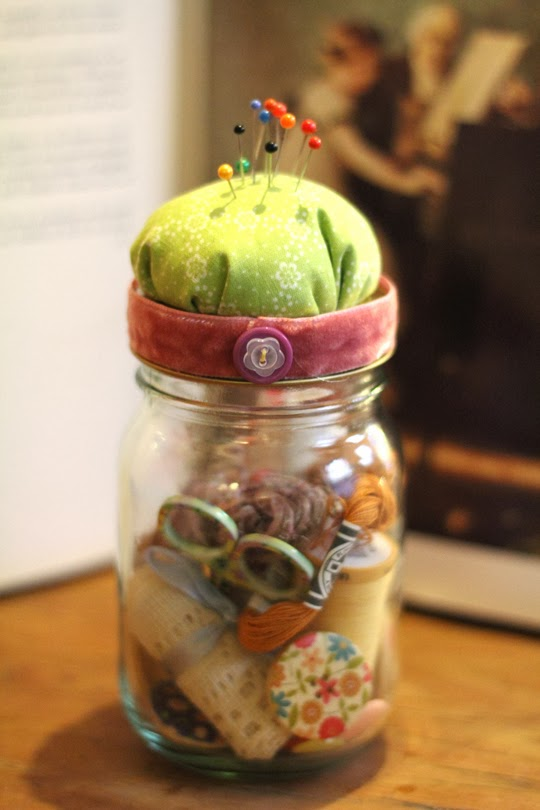 http://www.archieandtherug.com/2013/01/jam-jar-sewing-kit-craft-diy.html
