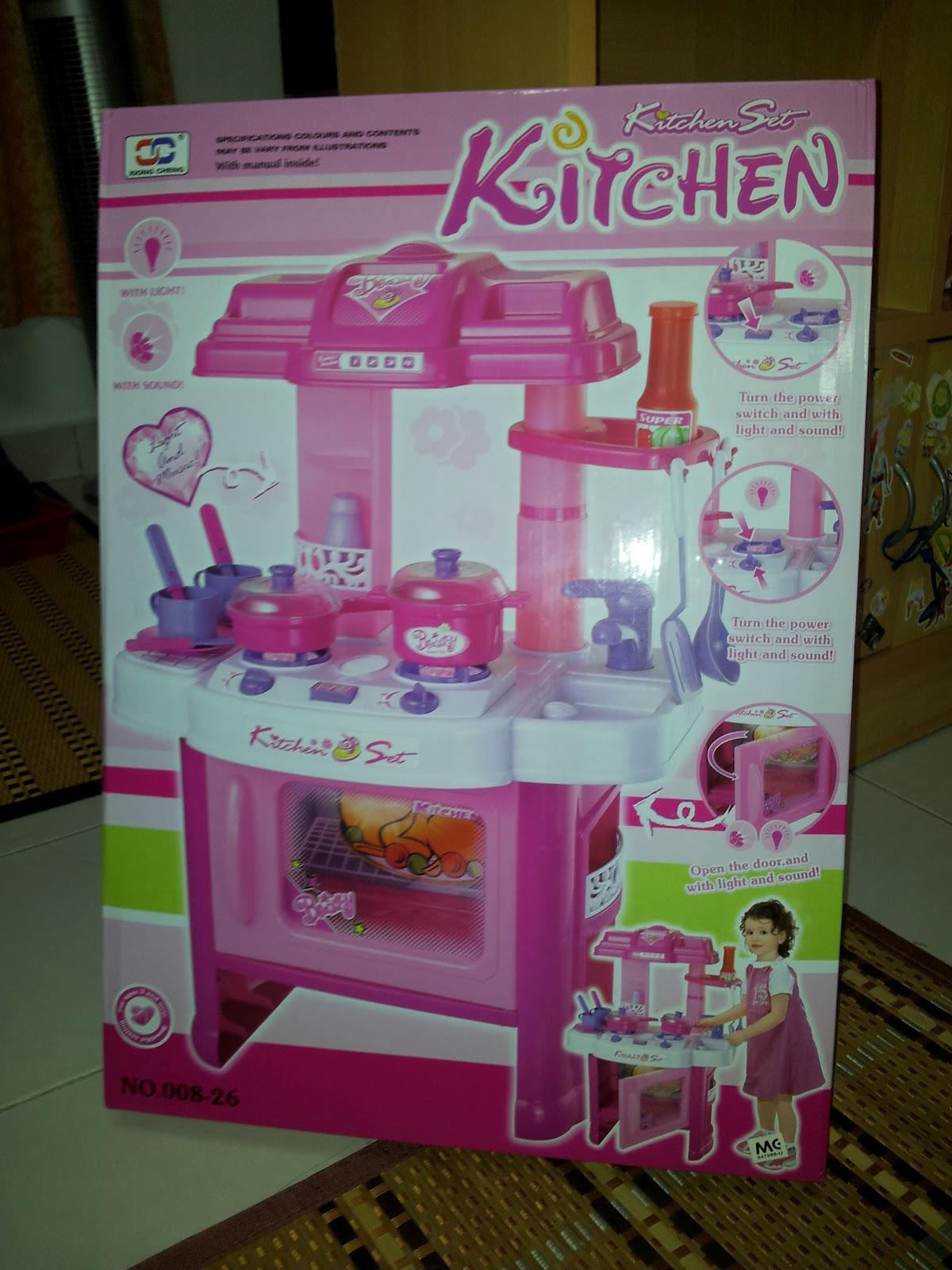 Earl carl 39 s blog hasya amani new inexpensive kitchen set for Beli kitchen set jadi