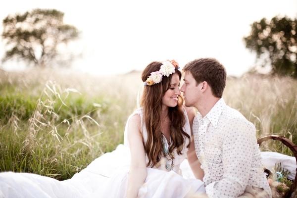 novias con corona de flores complementos, estilos de novia, flores