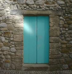 """""""Están llamando a la puerta de tu corazón"""""""