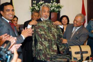 EAST TIMOR DISBANDS PRO-INDEPENDENCE ARMED UNIT