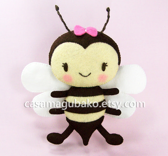 Felt Bee Tutorial by casamagubako.com