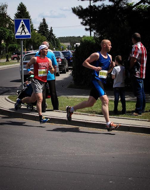 Raperzy też biegają - MEZO na trasie biegu