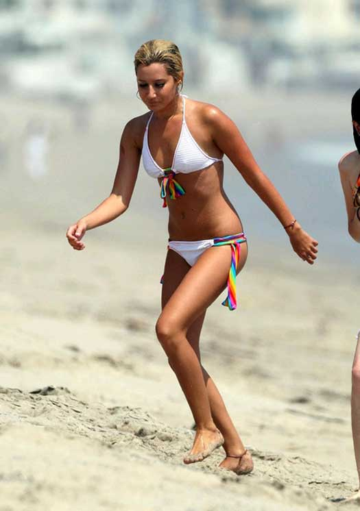 Its All About Health Fitness And Fun: Ashley Tisdale Bra Size
