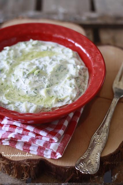 ogórek jogurt czosnek