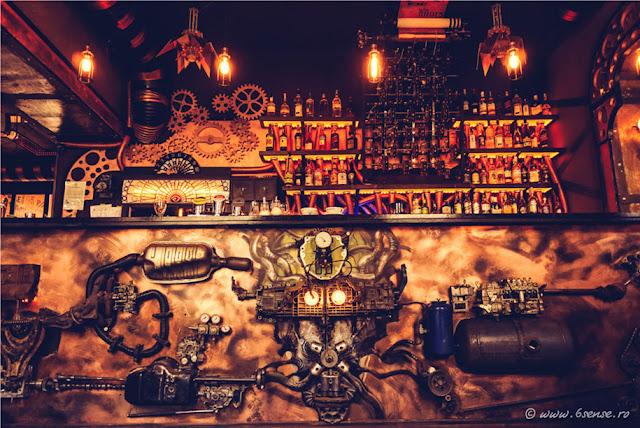 Conheça um pouco do primeiro Steampunk Bar mundo na Roménia