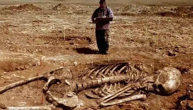 Μασωνικό ίδρυμα παραδέχεται ότι απέκρυψαν την ύπαρξη Γιγάντων στην αρχαιότητα