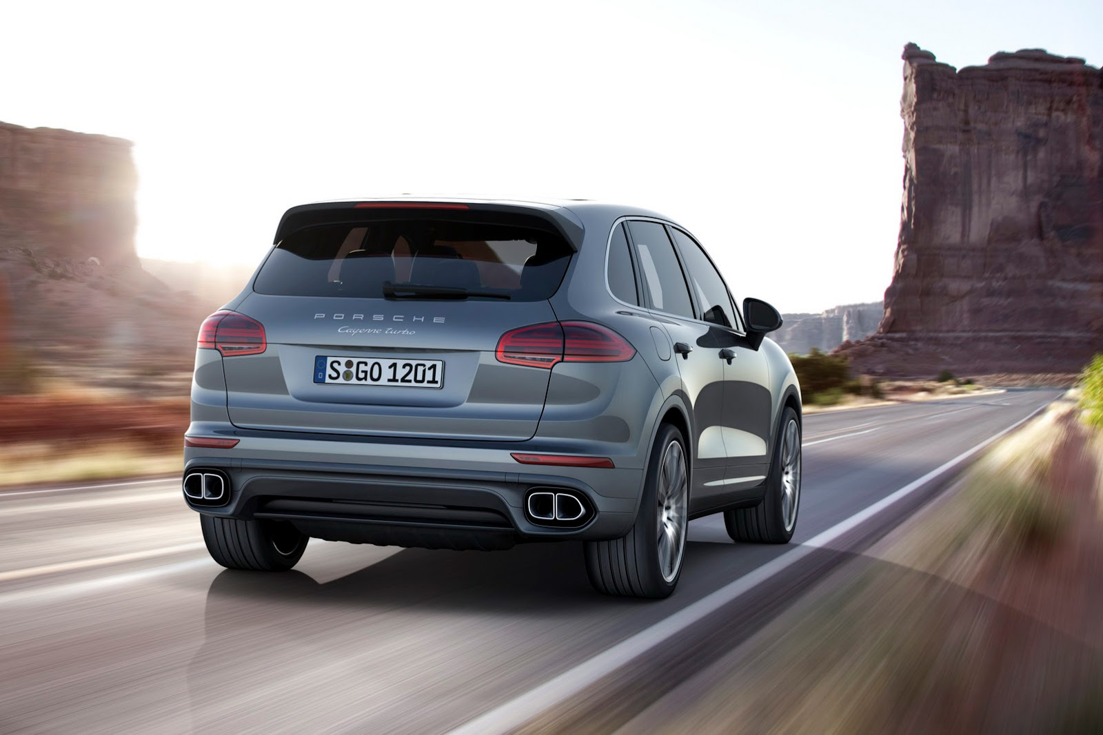 2015 porsche cayenne facelift revealed, gets 410hp plug-in hybrid